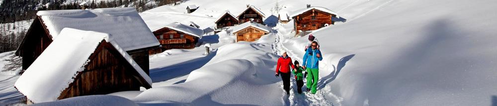Winter hiking on the Dachstein // Photo: Austria Werbung, Herbert Raffalt